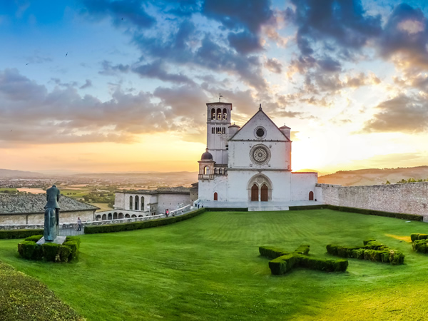 Summer sunset on the Basilica in Assisi